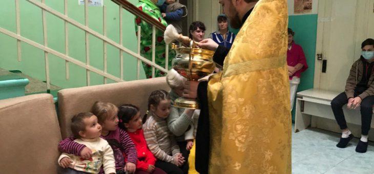 Сотрудники отдела по благотворительности и социальному служению Одесской епархии посетили детское отделение Одесского областного противотуберкулёзного диспансера