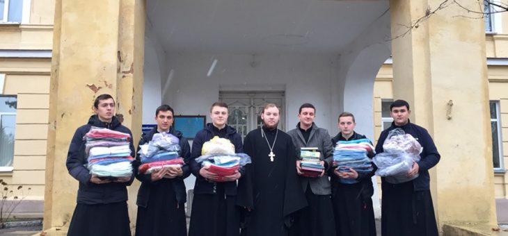 Сотрудники социального отдела Одесской епархии совместно с воспитанниками Одесской духовной семинарии посетили детское и взрослое отделения Одесской областной клинической психиатрической больницы