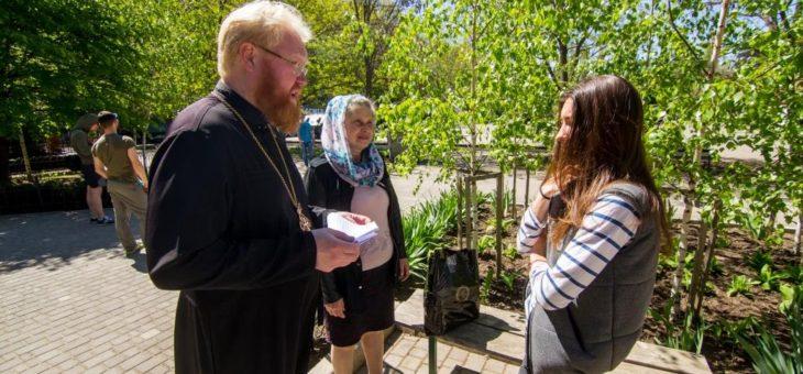 Сотрудники социального отдела Одесской епархии посетили семьи погибших военнослужащих города Одессы