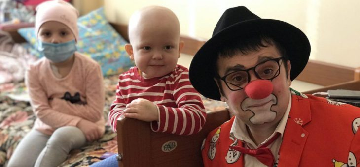 Сотрудники социального отдела Одесской епархии посетили  детвору проходящую курс лечения в отделении онкогематологии Одесской детской клинической больницы
